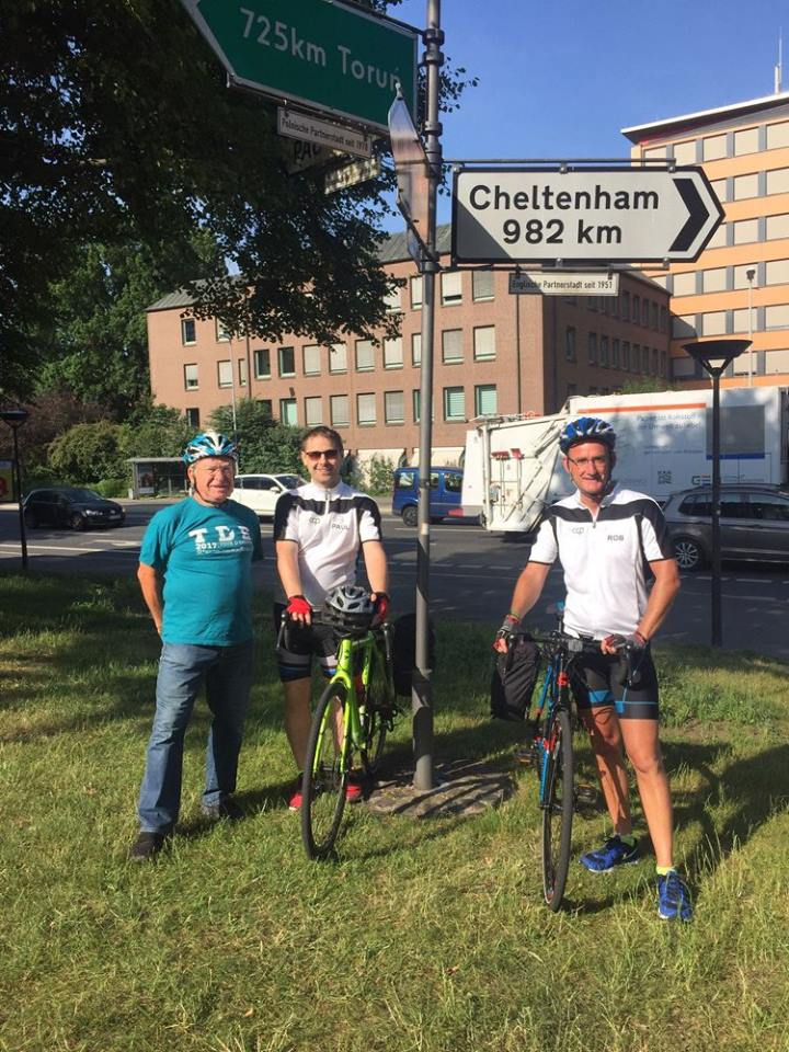 Officeworx directors and Deputy Mayor of Göttingen, Ulrich Holefleisch beginning charity ride